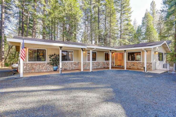 21749 Scotts Flat Rd, Nevada City