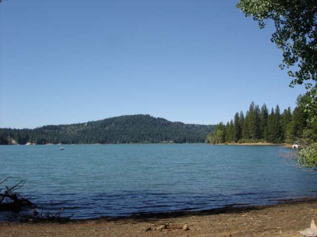 Scotts Flat Lake